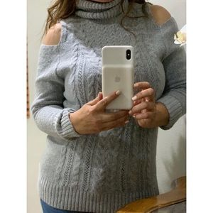 HAYDEN bare shoulders sweater size s/m